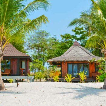 Beachfront Villa des Sivalai Beach Resort, Andamanensee Inselhopping