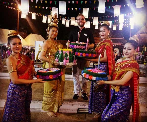 Mathias Hammer, Sales Consultant bei Sri siam Holidays bei Siam Niramit