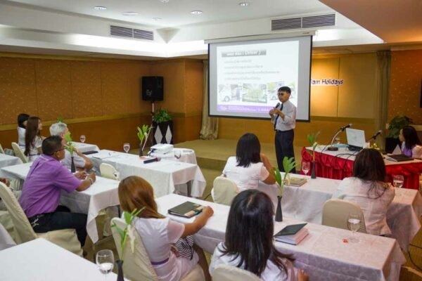 Sri siam Service Mind Training 2013