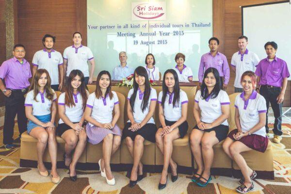 Das Team von Sri Siam Holidays in Bangkok freut sich auf Ihre Reiseanfrage