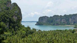 Blick auf die Krabi Halbinsel Railay