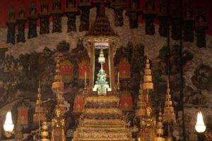 Der Smaragd Buddha im Thronsaal des Königspalast