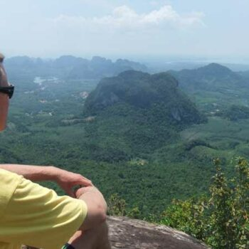 Andreas Sprengart beim Aussichtspunkt von Krabi.