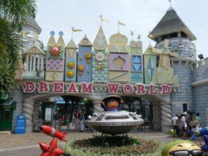 Der Dreamworld Freizeitpark nahe Bangkok. Hier kann man sich schön vor einem Inselhopping austogen