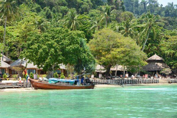 Das Thapwarin Resort auf der paradiesischen Insel Koh Hai.