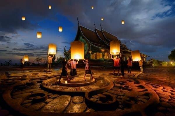 Thailand Reiseinformationen Feste und Feiertage