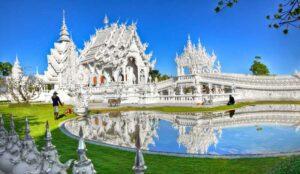 Chiang Mai Rundreise Wat Rong Khun Weißer Tempel Chiang Rai
