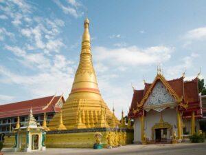Wat Chumphon Khiri Westthailand Rundreise