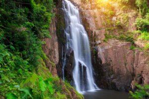 Haew Narok Wasserfall Zentralthailand Rundreise