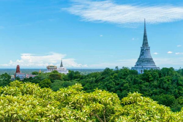 Vom Phra Nakhon Khiri Aussichtspunkt haben SIe eine herrliche Aussicht auf die Umgebung.