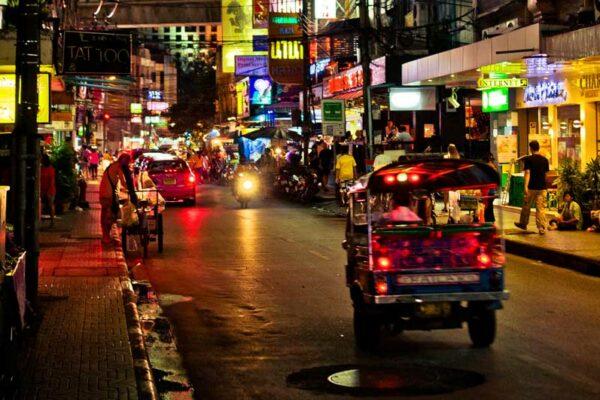 Phrom Phong, Sukhumvit Road