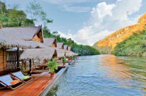 FloatHouse River Kwai, Floating Villa, Flitterwochen Thailand