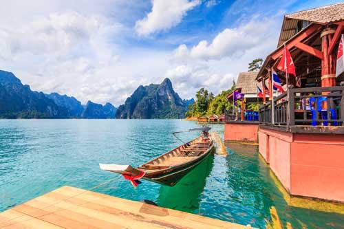 Cheow Lan See Khao Sok