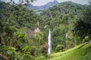 Blick auf den Wasserfall Namtok Mae Surin National Park,-Mae-Hong-Son,-Thailand