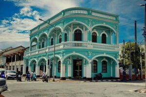 Ein typisches Haus aus der Kolonialzeit auf Phuket, zu finden in Phuket Old Town